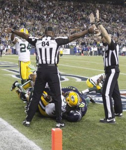 nfl-ref-lockout-officially-over__oPt